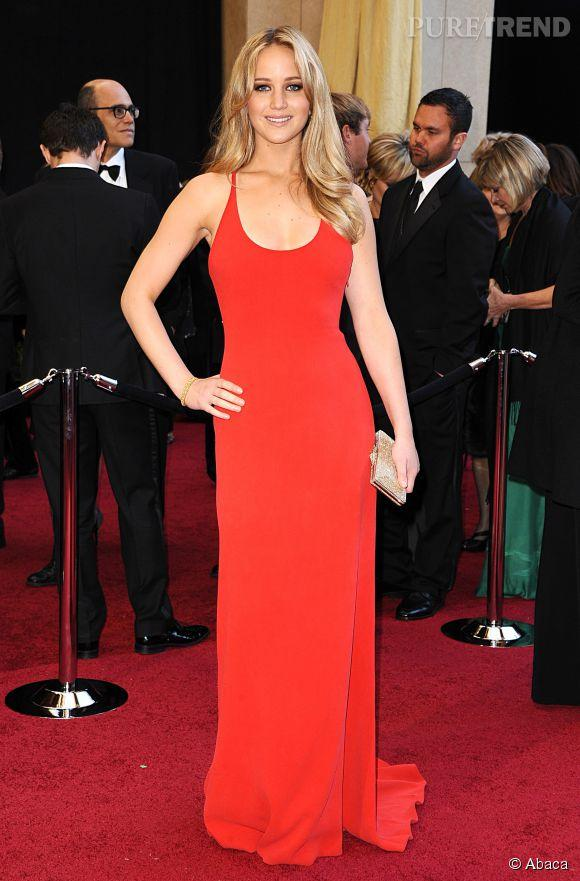 Jennifer lawrence robe rouge