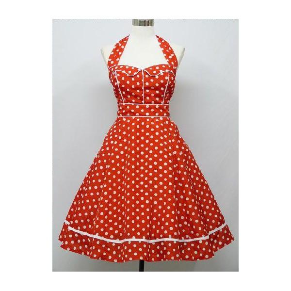 Robe a pois rouge