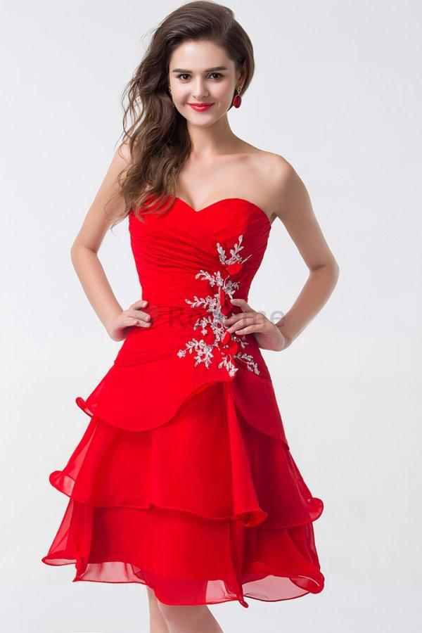 Robe de cocktail rouge et blanche
