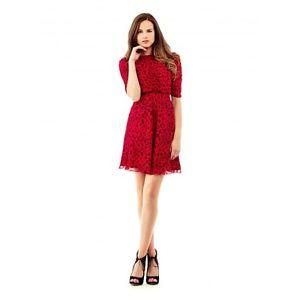 Robe guess rouge
