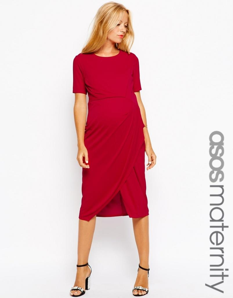 Robe rouge cerise