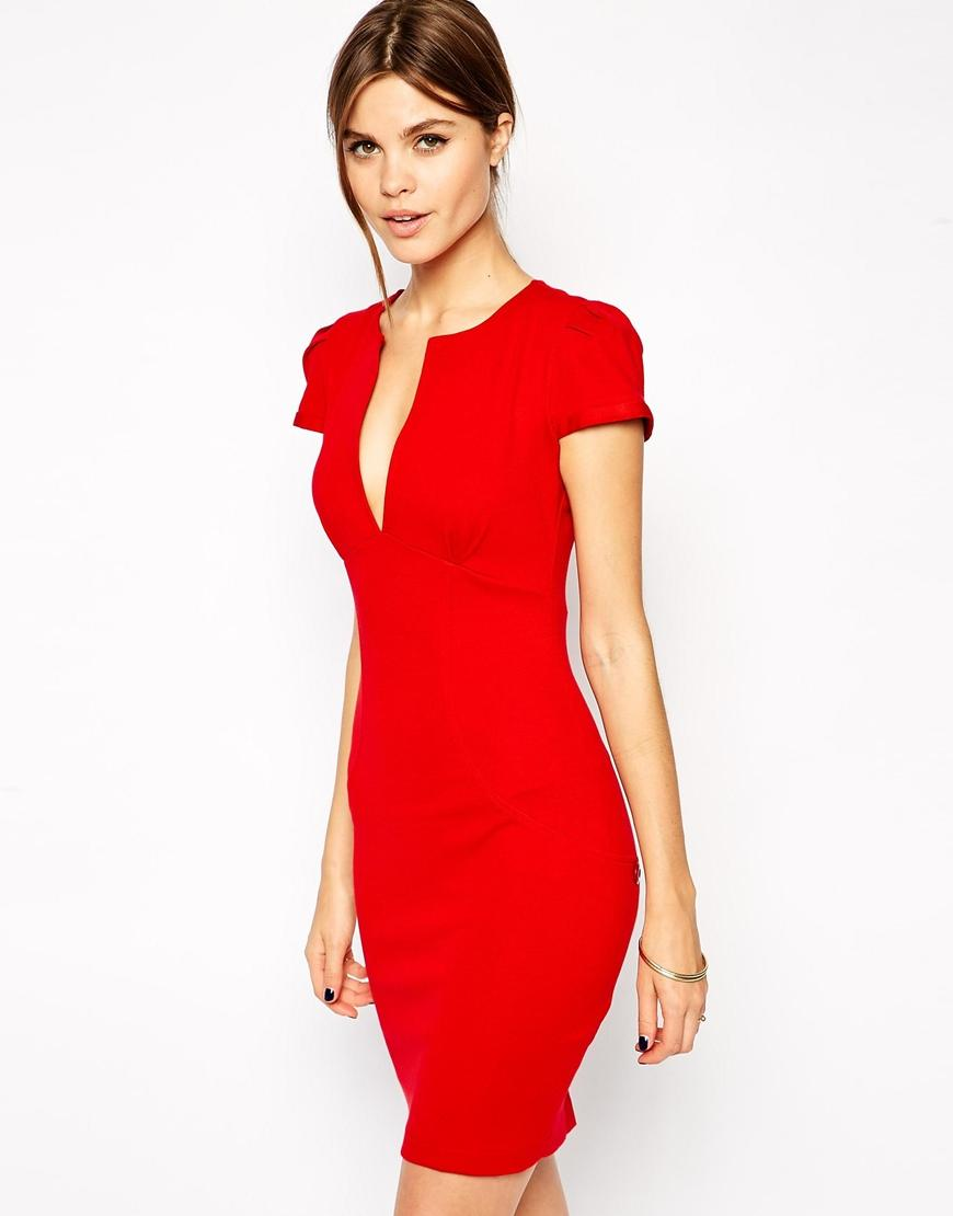 Robe rouge courte droite