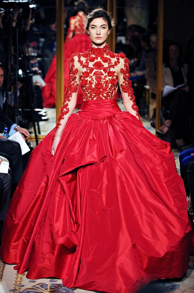 Robe rouge haute couture