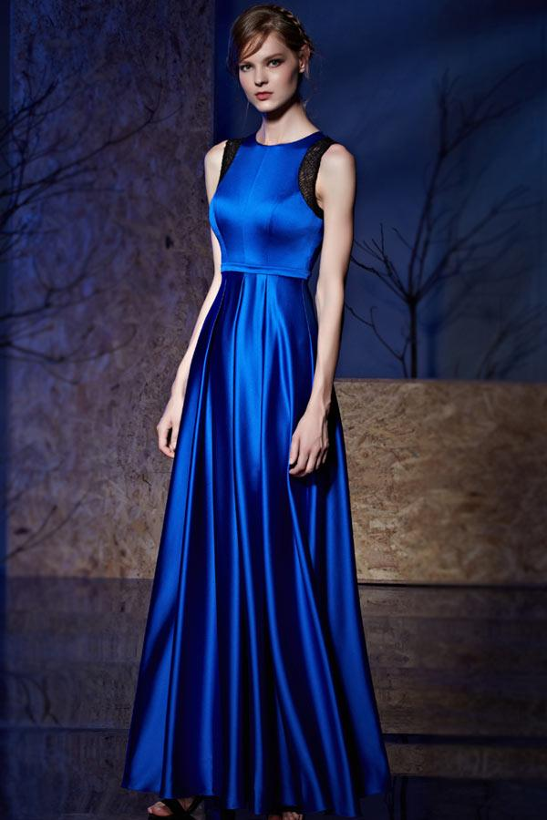 Robe satin bleu