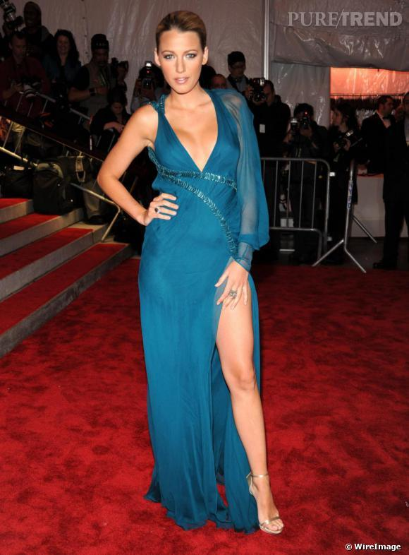 Blake lively robe bleu