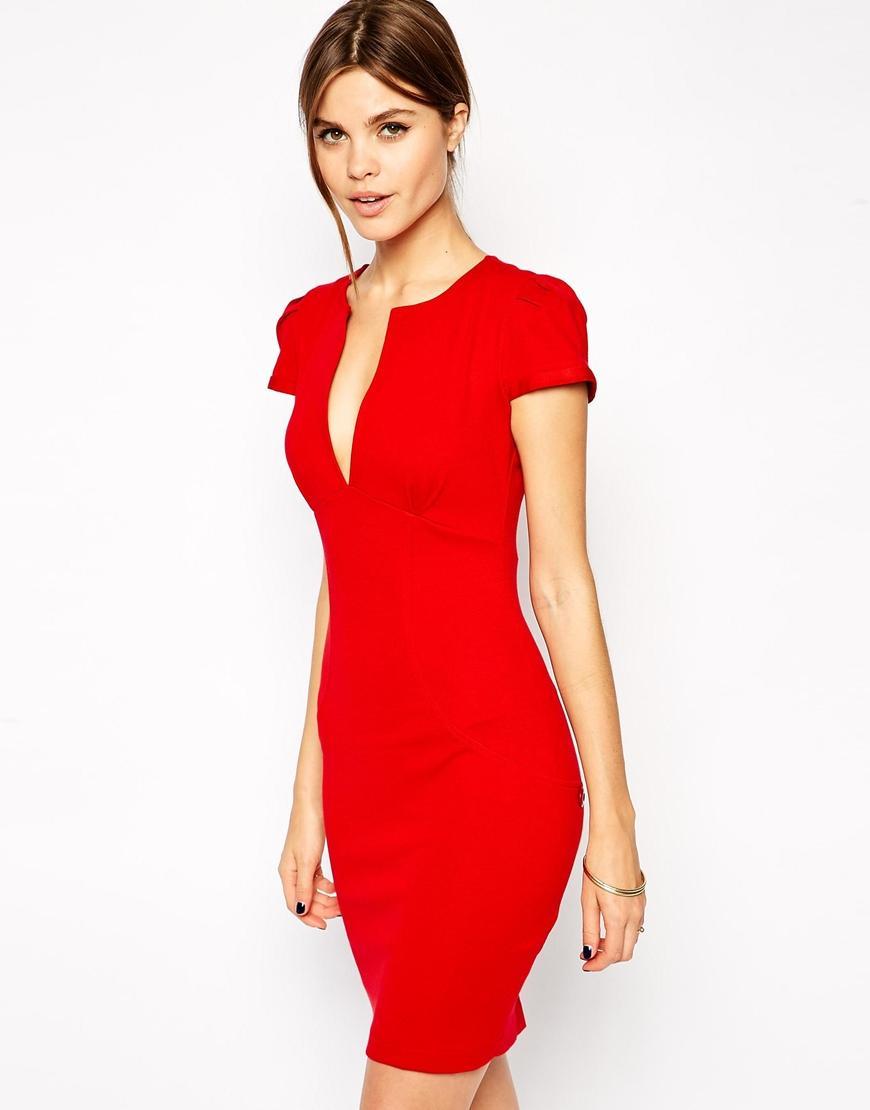 Femme robe rouge