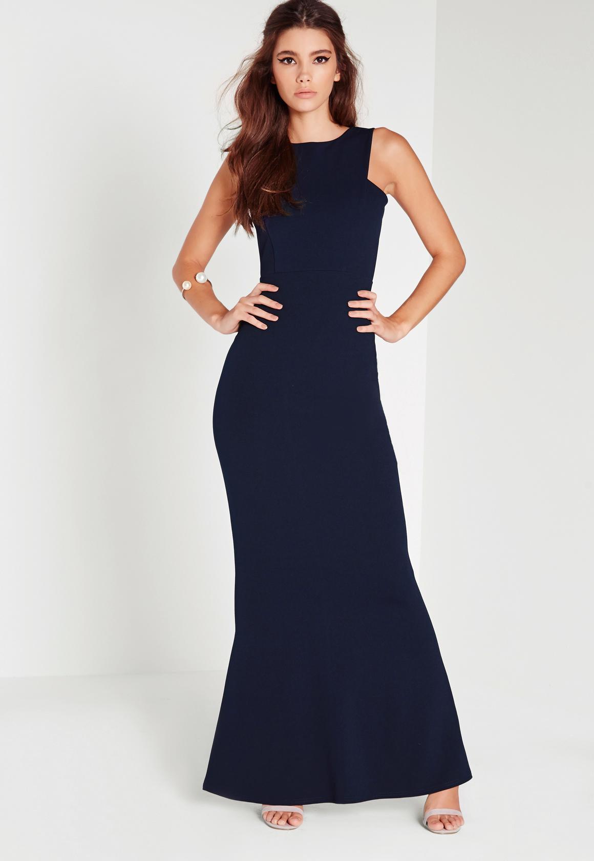 Longue robe bleu marine