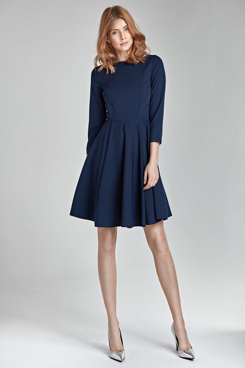 Que porter avec robe bleu marine