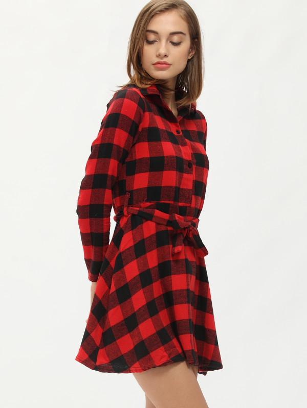Robe a carreaux rouge et noir