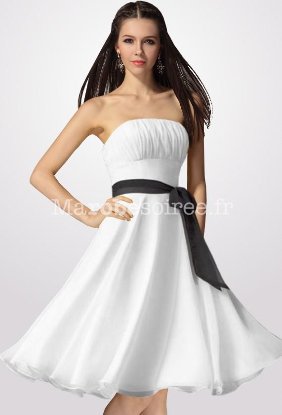 Robe blanche noir