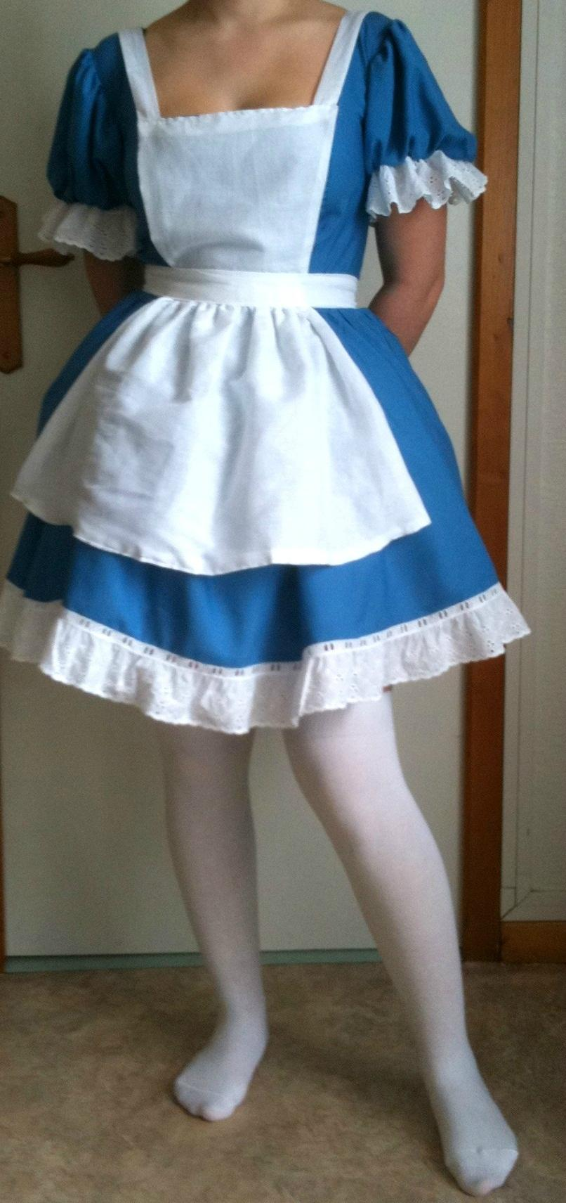 Robe bleu alice au pays des merveilles