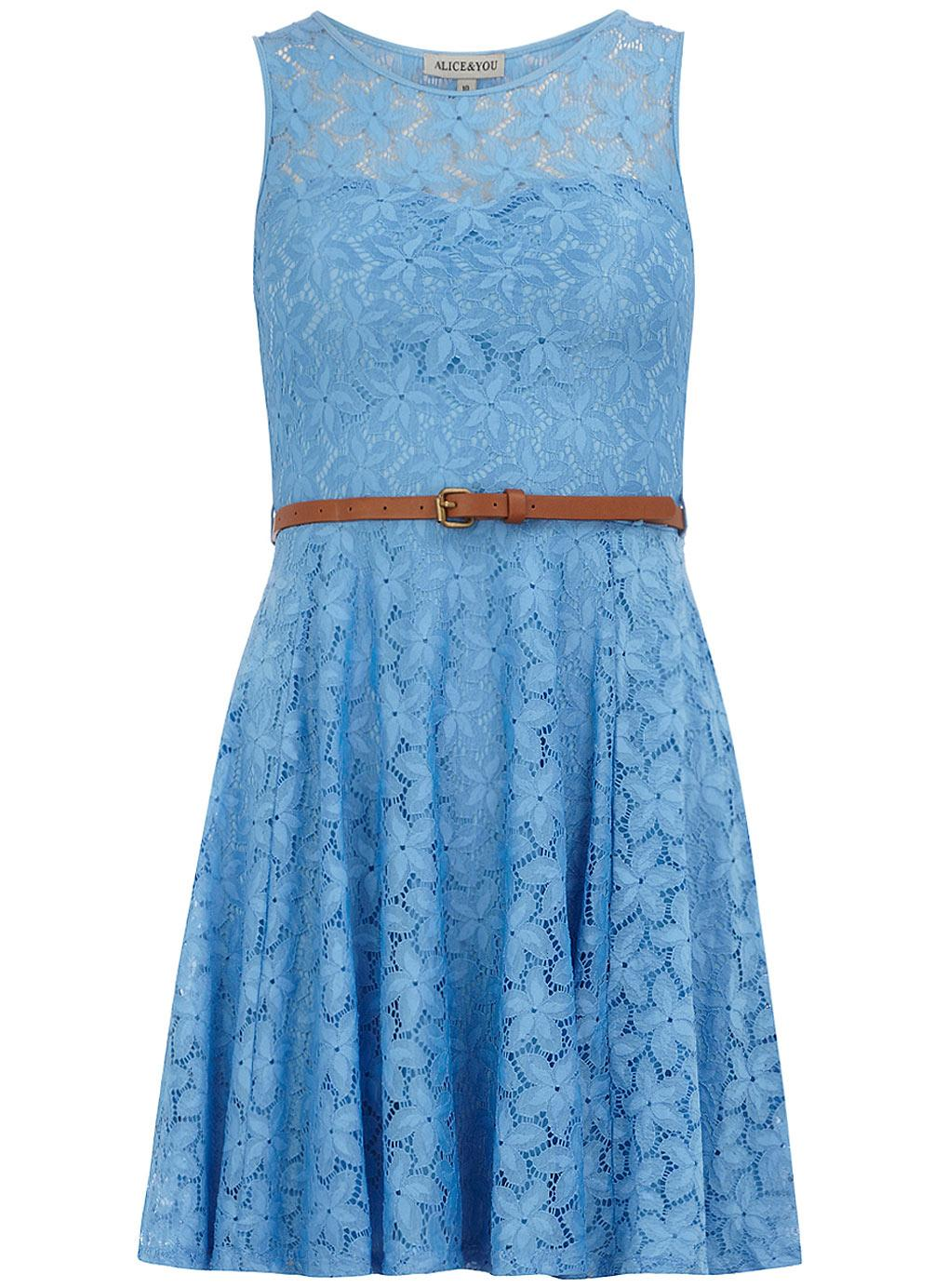 Robe bleu ciel dentelle