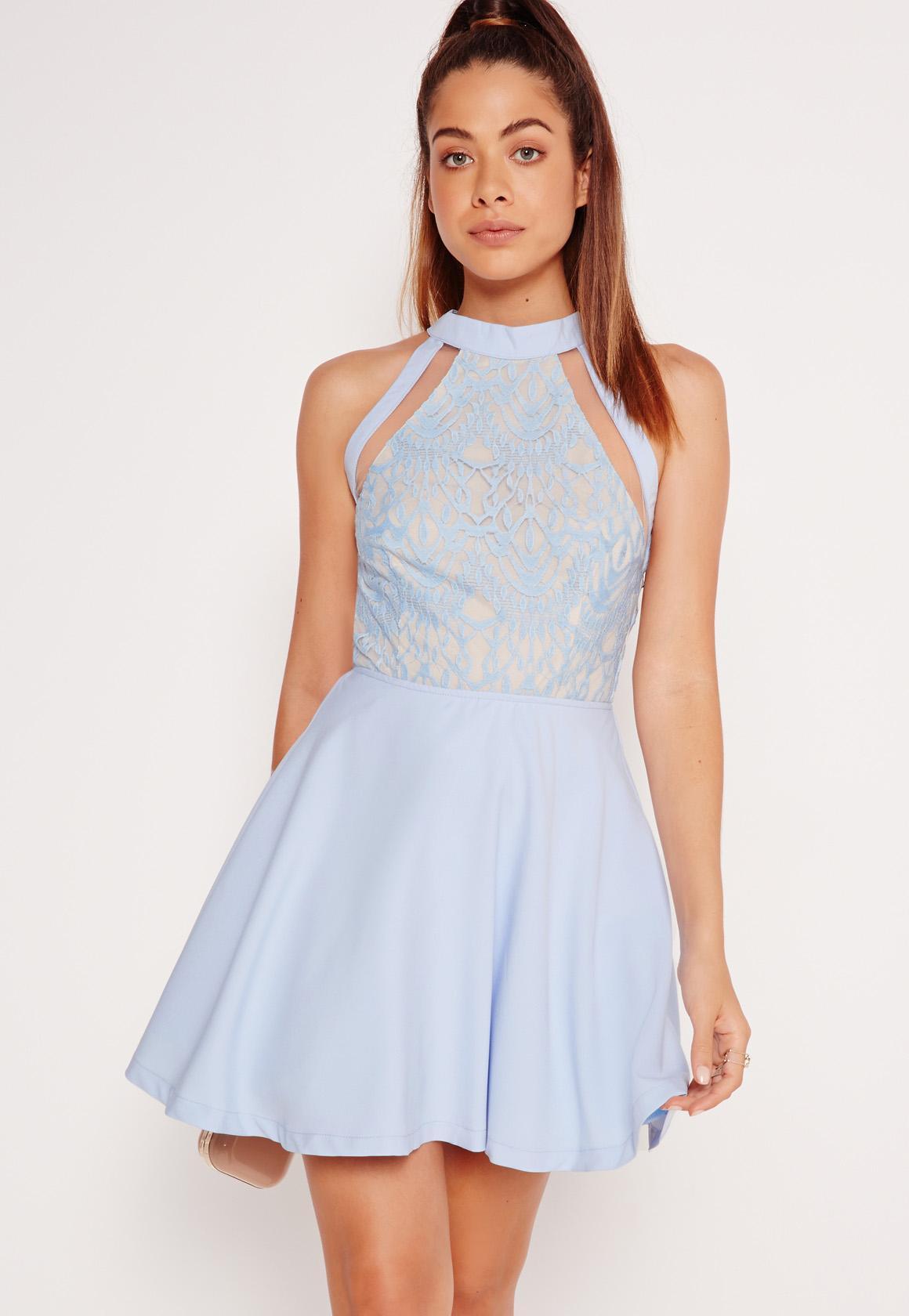 Robe bleu claire