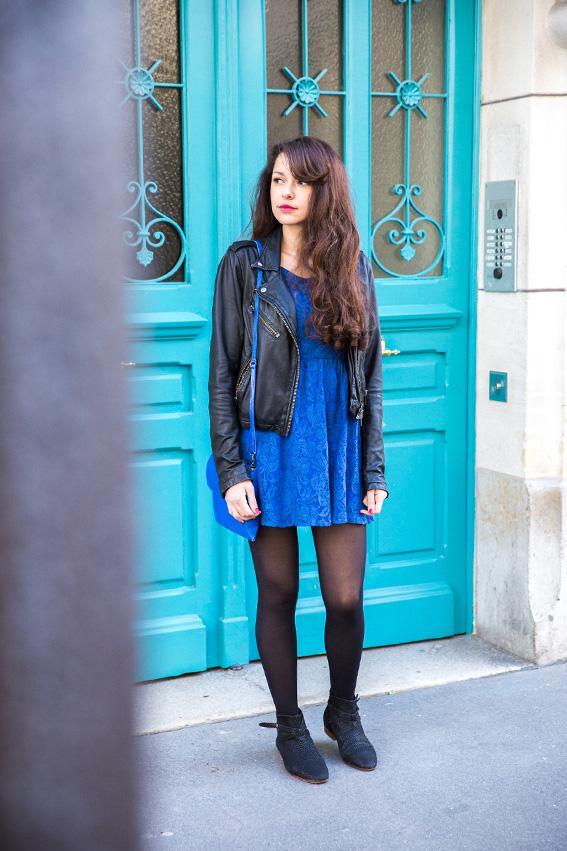 Robe bleu collant noir