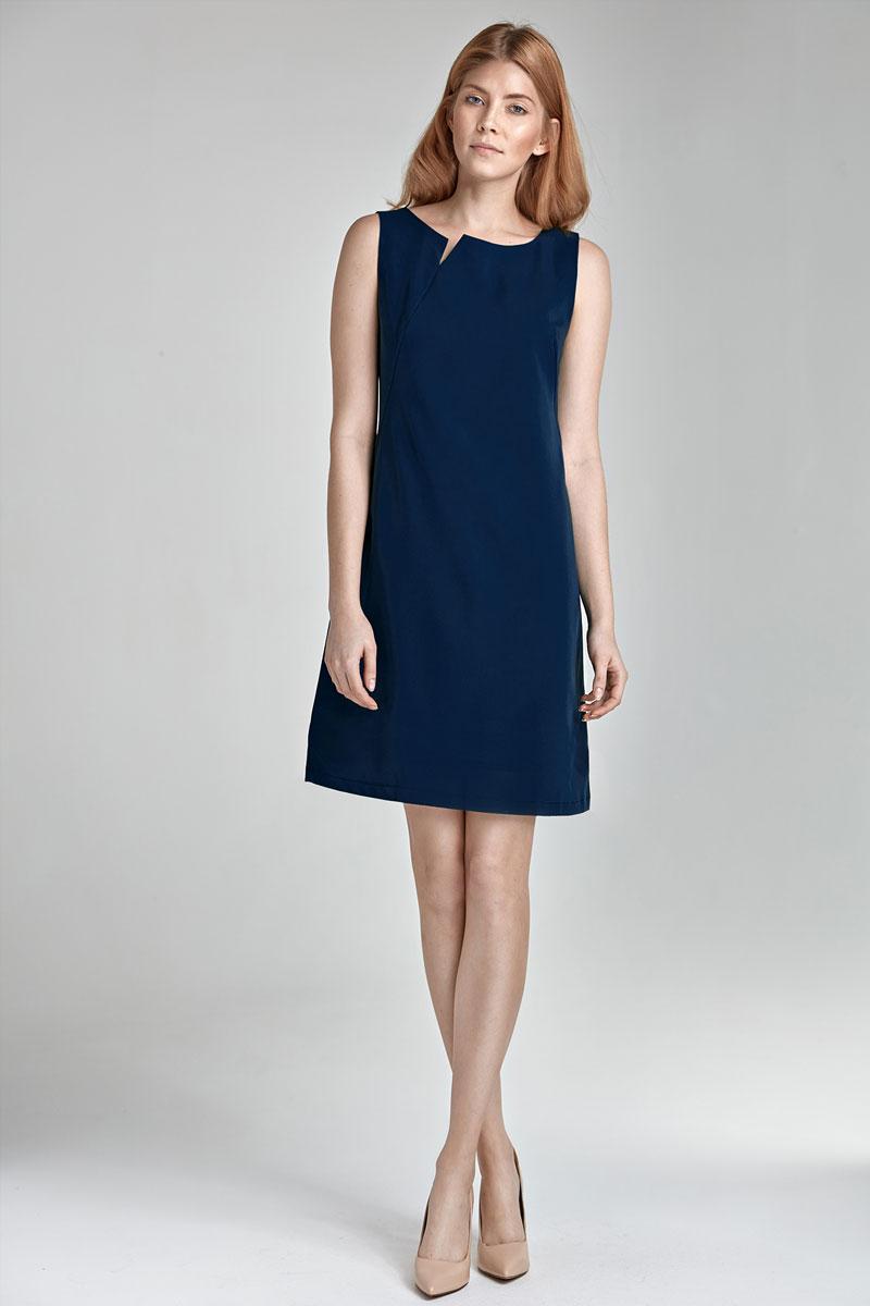 Robe bleu fonce