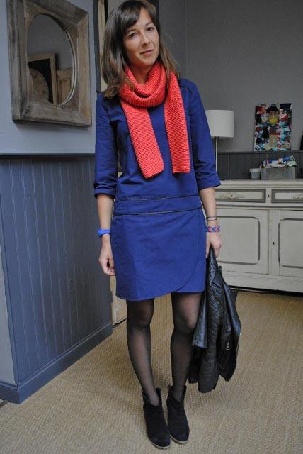 Robe bleu marine collant noir