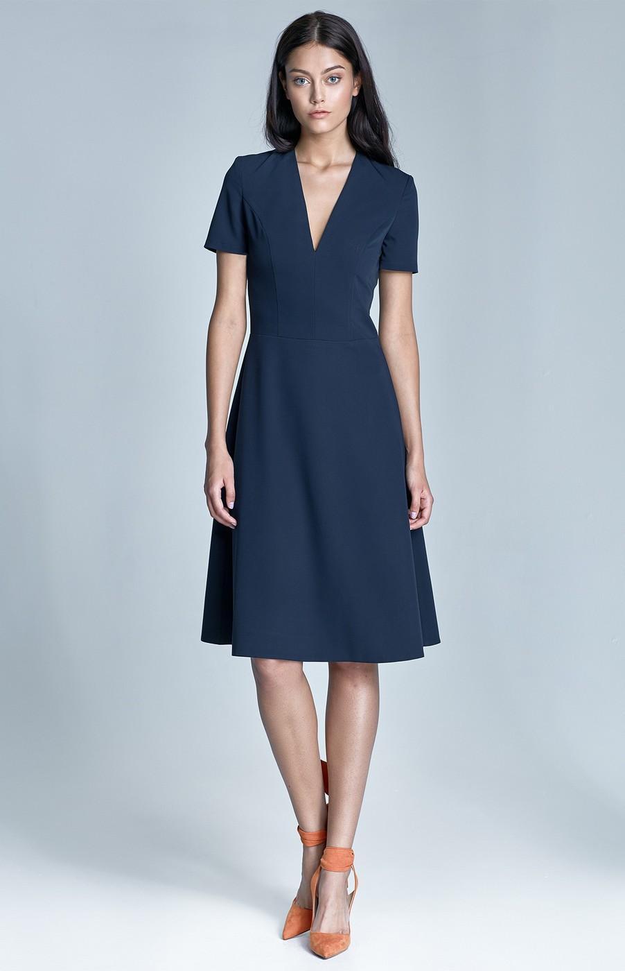 Robe bleu marine manche courte
