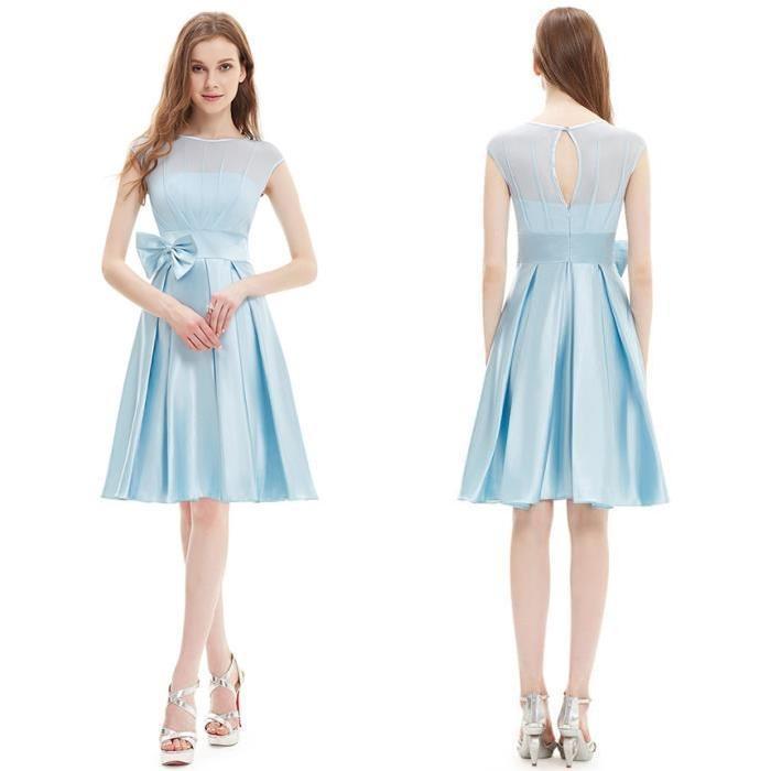 Robe bleu pale