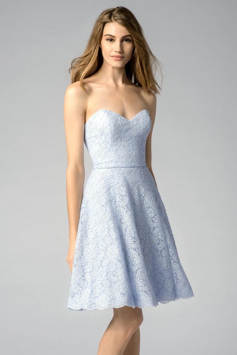 Robe bleu pastel