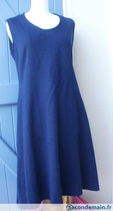 Robe chasuble bleu marine