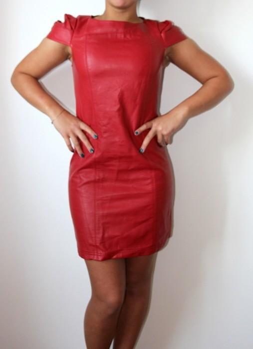 Robe cuir rouge