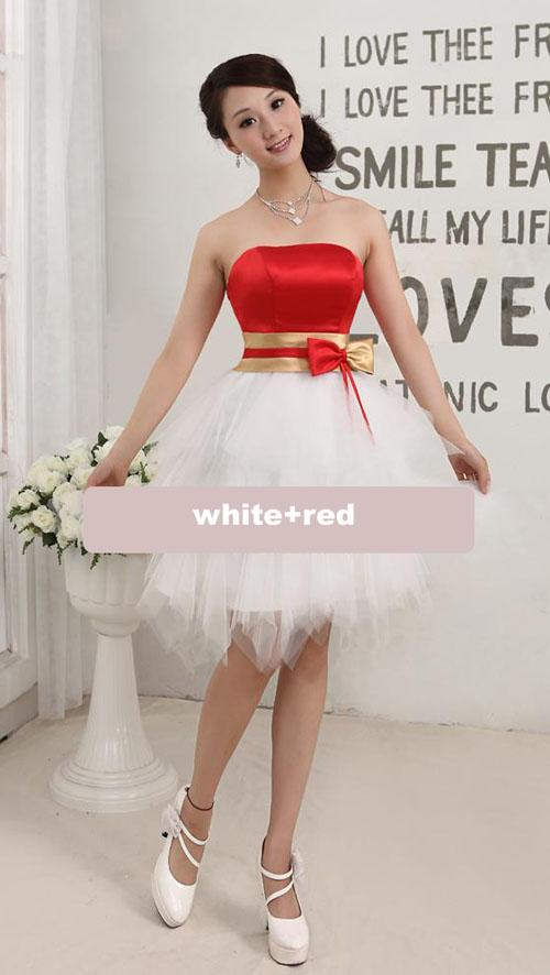 Robe de cocktail blanche et rouge