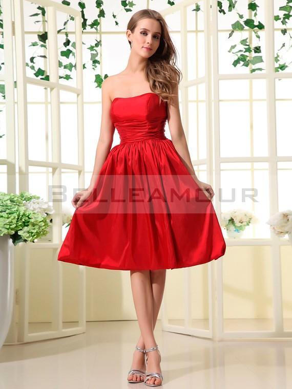 Robe de demoiselle d'honneur rouge