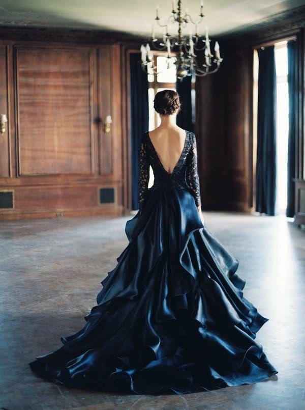 Robe de marié noir