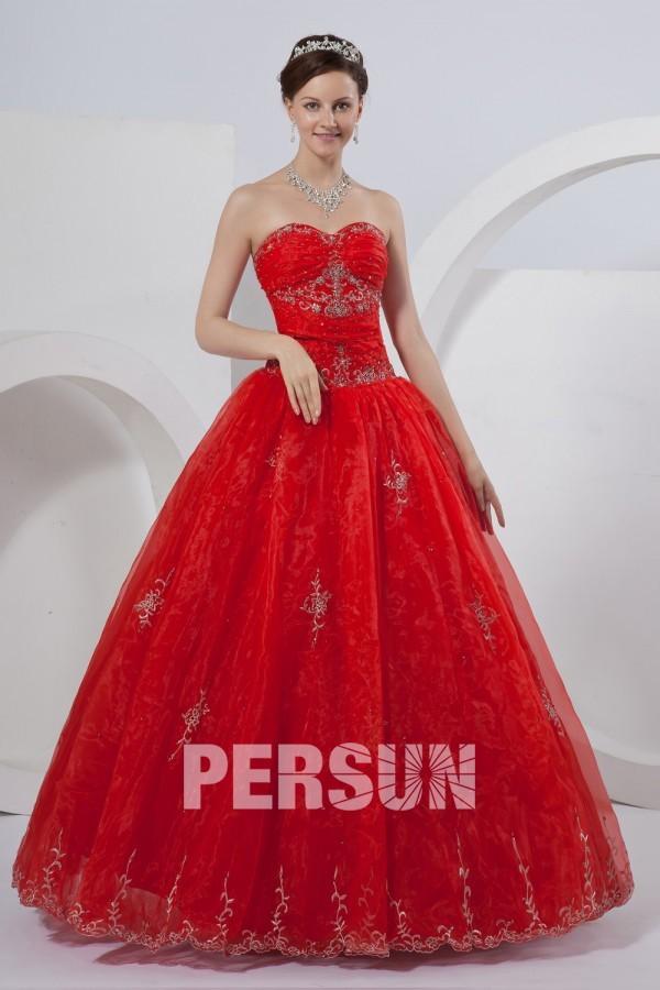 Robe de marié rouge