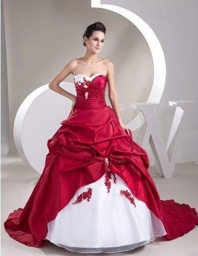 Robe de mariée blanche et rouge