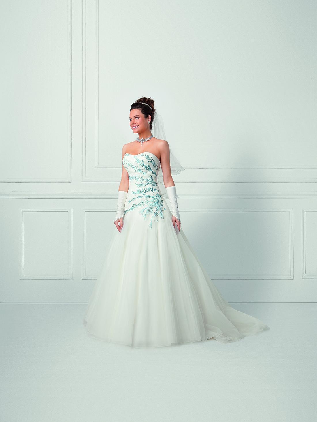 Robe de mariée bleu ciel