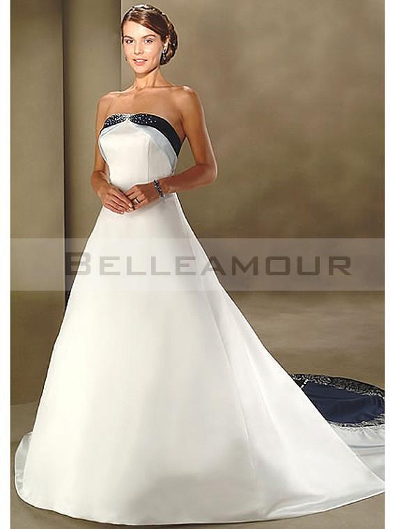 Robe de mariée bustier bleu