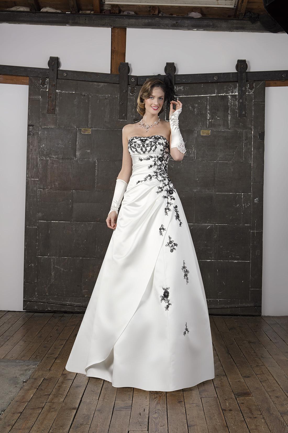 Robe de mariée bustier noir et blanc