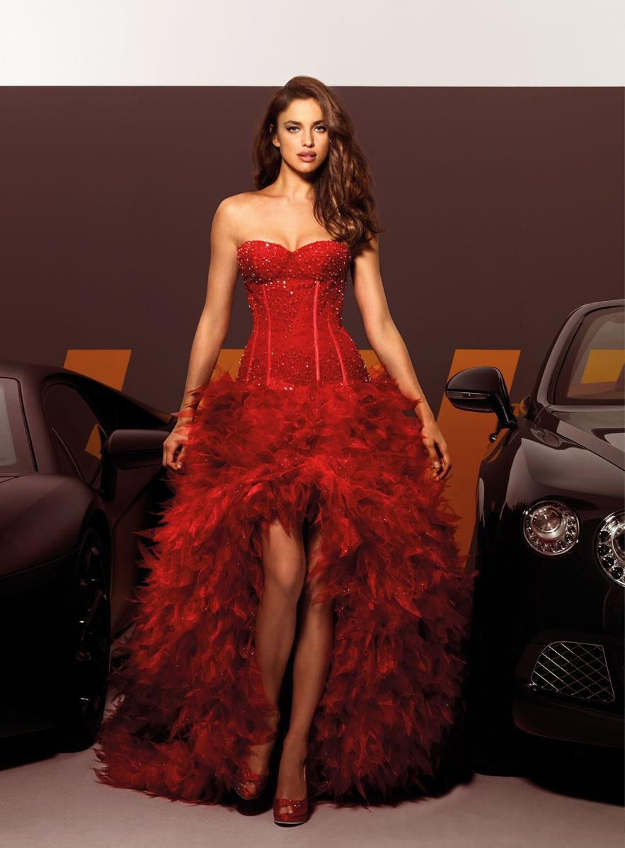 Robe de mariée courte rouge