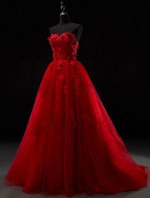 Robe de mariée rouge dentelle