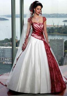 Robe de mariée rouge et blanc