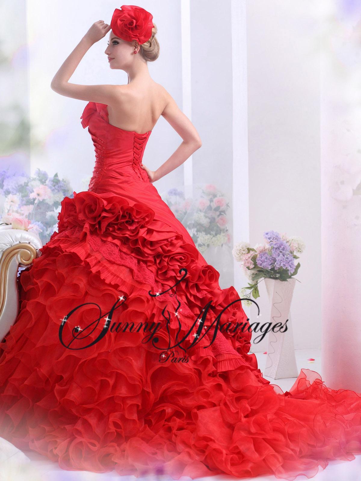 Robe de mariée rouge pas cher