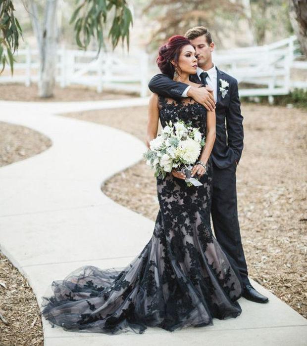 Robe de mariage noir