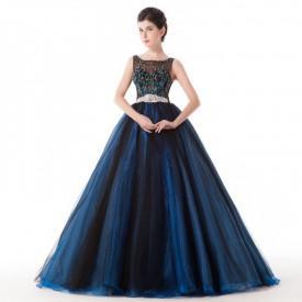 Robe de princesse bleu nuit