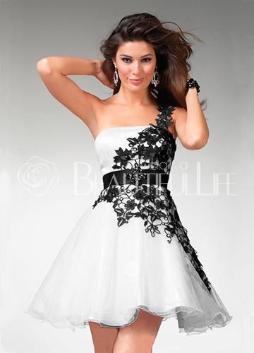 Robe de soirée courte noir et blanche