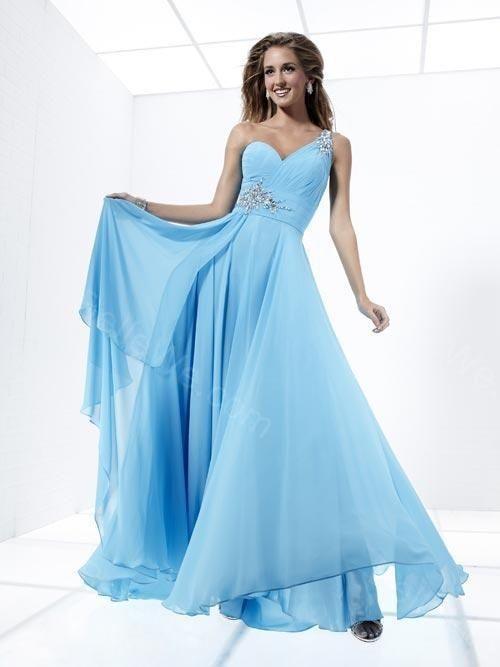 Robe de soiree bleu ciel