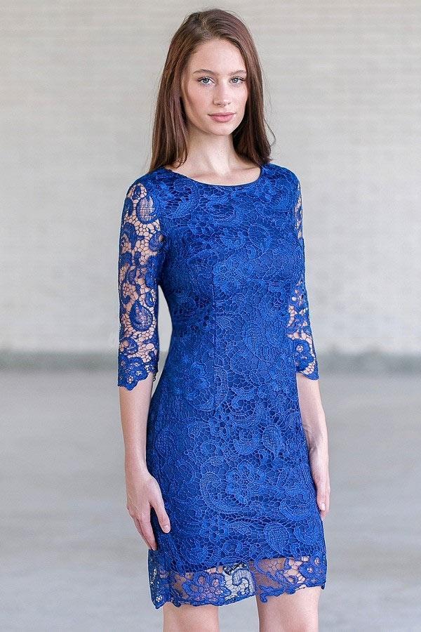 Robe dentelle bleu roi