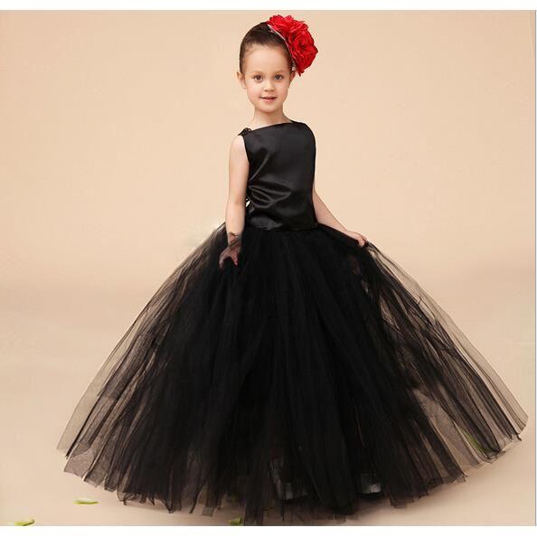 Robe enfant noir
