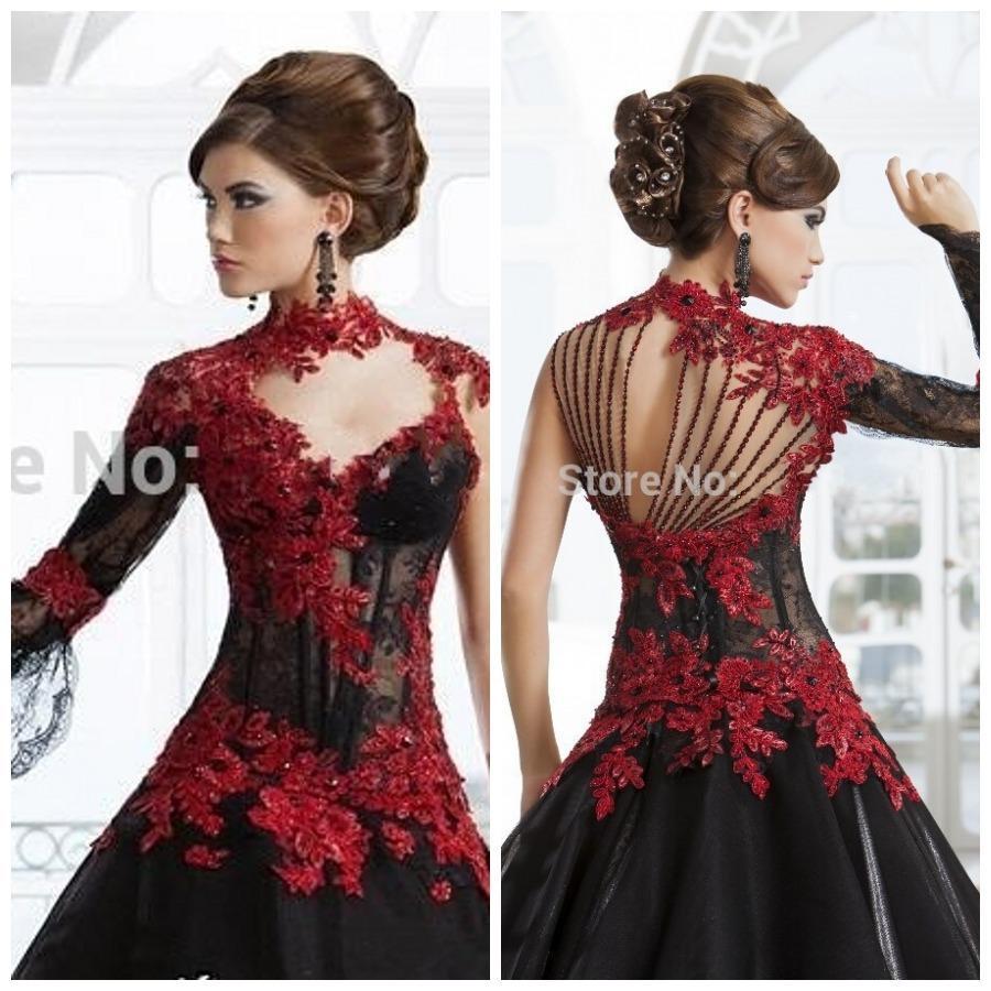 Robe gothique rouge et noir