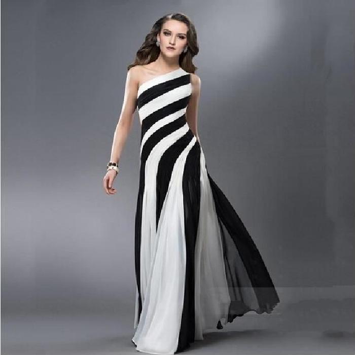 Robe longue noir et blanc