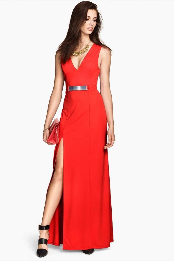 Robe longue rouge fendue