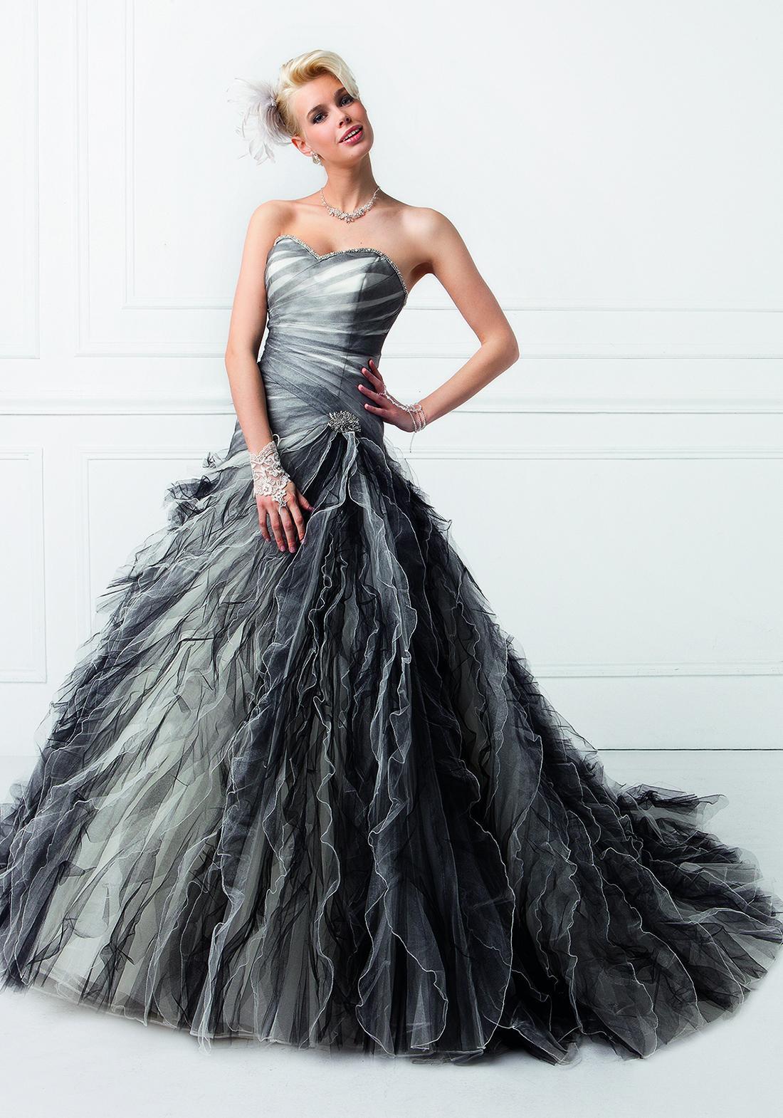 Robe mariée noir