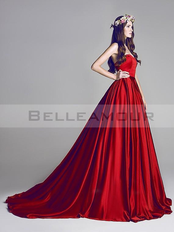 Robe mariée rouge