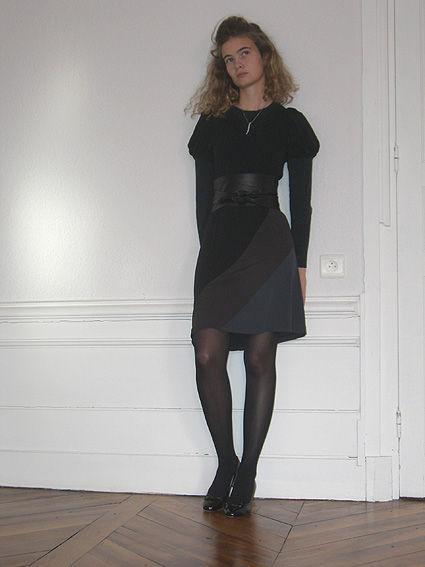 Robe noir avec collant noir