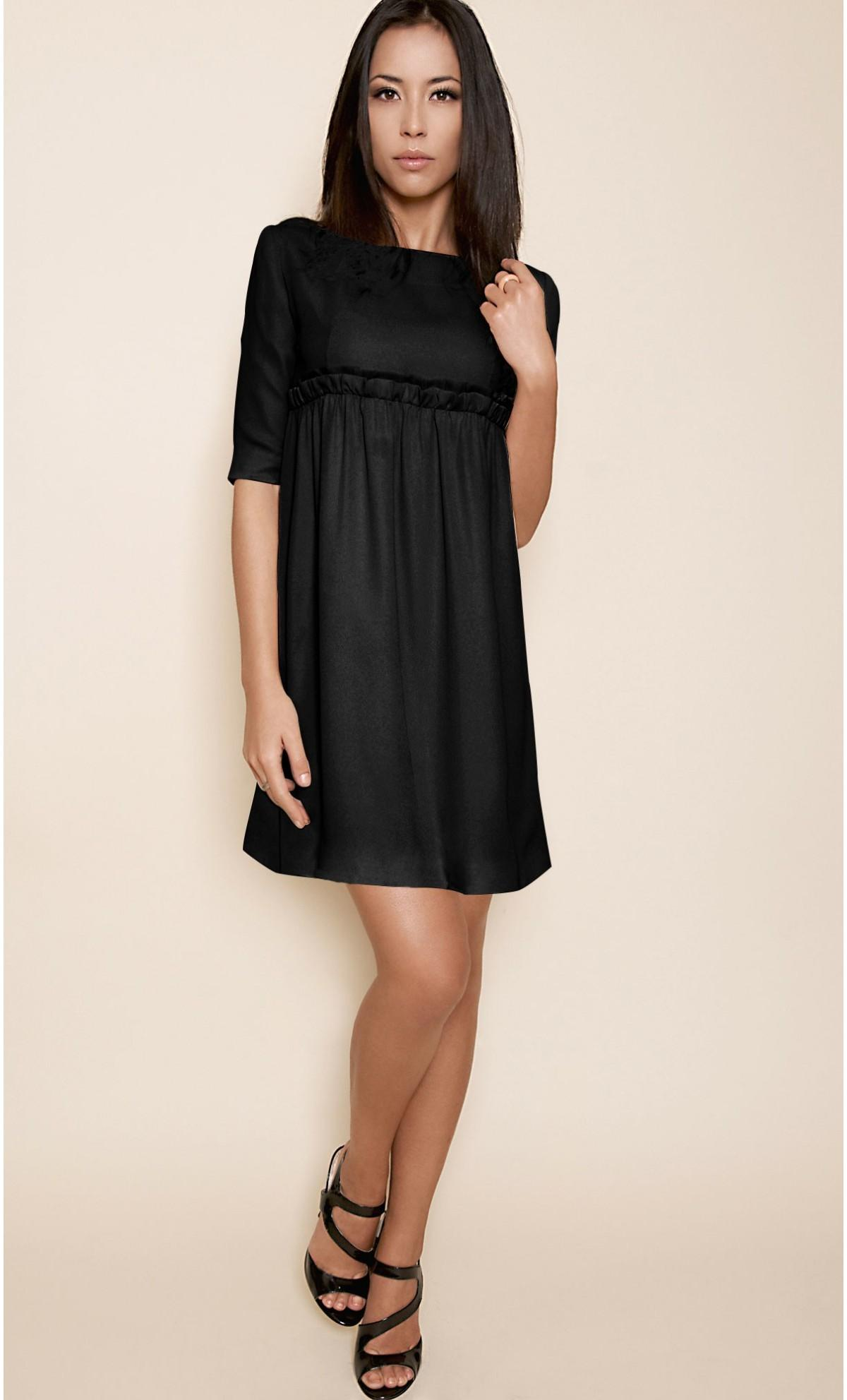 Robe noir droite courte